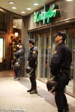 el-corte-ingles-policia